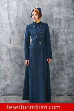 Muslim Fashion, Fashion Wear, Denim Fashion, Hijab Fashion, Fashion Outfits, Hijab Style Dress, Hijab Chic, Gown Suit, Mode Simple