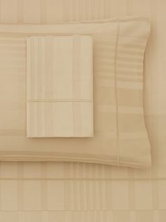"""www.myhabit.com  Egyptian cotton damask stripe with hemstitch detailing; King set includes 115"""" x 115"""" flat sheet, 78"""" x 80"""" x 17"""" fitted sheet and 2 King pillow cases (20"""" x 40""""); Queen set includes 96"""" x 115"""" flat sheet, 60"""" x 80"""" x 17"""" fitted sheet and 2 Queen pillow cases (20"""" x 30"""")"""