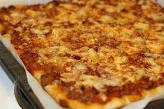 Kauan sitä on etsitty, monia ohjeita on testattu ja nyt se viimen on löytynyt! Maailman paras pizzapohjan ohje! :) Tämän ohjeen sain kaveril... No Salt Recipes, Tasty, Yummy Food, Dessert Recipes, Desserts, Sweet And Salty, No Bake Cake, Macaroni And Cheese, Bakery