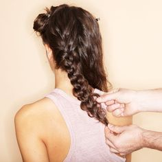 Put on long hair? No problem! Put On, Dreadlocks, Long Hair Styles, Beauty, Sissi, Bridal Hairstyles, Place, Highlight, Long Hair