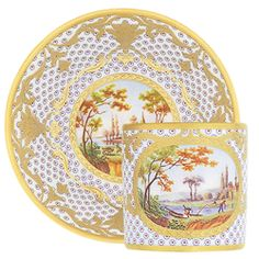 Discover the Aux perroquets Litron cup & saucer in Limoges porcelain, crafted by the Bernardaud Manufacture established in China Cups And Saucers, Coffee Cups And Saucers, Tea Cup Saucer, Tea Cups, Vintage Cups, Vintage China, Manufacture De Sevres, China Patterns, Chinoiserie