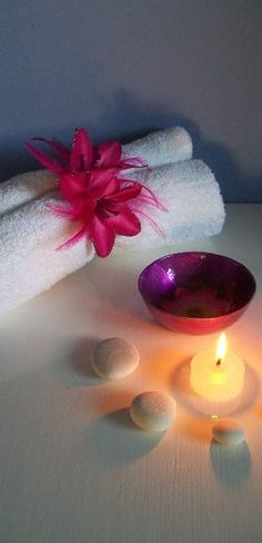 i would like to have some candles and rocks on my spa