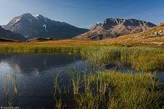 https://flic.kr/p/xY7eLM | Plan du Lac | De gauche à droite, la Grande Casse (3 855m), la Grande Motte (3 653m) et les Pointes de Pierre Brune (3 196m).  Parc national de la Vanoise (Alpes françaises) - Savoie, Rhône-Alpes, France.  (07/2015) © Quentin Douchet.