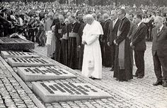 Pope John Paul II giving a memorial service to honor those perished during the Jewish Holocaust
