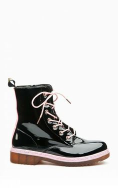 Botki glany Bukie black Dr. Martens, Combat Boots, High Top Sneakers, Shopping, Shoes, Fashion, Moda, Combat Boot, Zapatos
