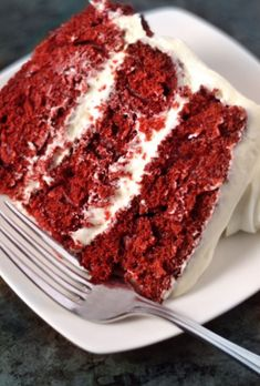 Red Velvet Pound Cake Super Moist Red Velvet Cake Recipe, Moistest Red Velvet Cake Recipe, Cakes To Make, How To Make Cake, Ugly Cakes, Best Red Velvet Cake, Susan Recipe, Rich Cake, Basic Cake