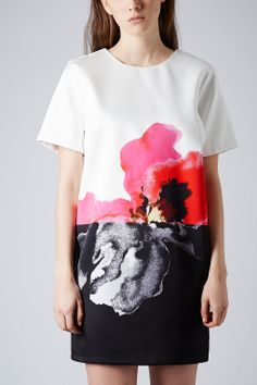 Poppy Placement Print Dress - high contrast floral printed pattern fashion // Topshop
