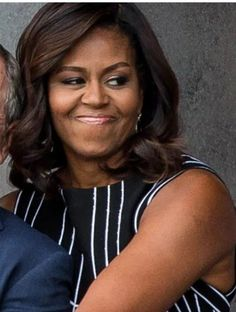 Michelle Obama Photos, Barack And Michelle, Black Girls, Black Women, Mr President, Barack Obama, Good People, Friends Family, Awesome