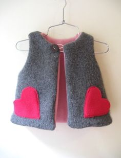 Boy/girl chic vest 12m to 7T NEW and easy pattern by ManiMina, claradeparis.com likes it