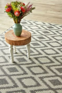 Grey Diamond X 3 m): Water-resistant, durable poly-propylene woven flatweave X 3 m). Make a state. Indoor Outdoor Carpet, Indoor Outdoor Living, Buy And Sell Cars, Rugs On Carpet, Animal Print Rug, Contemporary Design, Diamond, Patio, Backyard