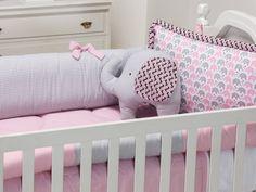 quarto de bebê rosa Girl Nursery, Girl Room, Baby Bedroom, Diy Toys, Toddler Bed, Baby Shower, Pillows, Aga, Kids