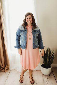 spring fashion denim jacket curvy fashion