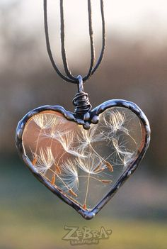Dandelion Wish necklace Handmade Heart Necklace Dandelion Seed Jewelry Terrarium Jewelry Dandelion pendant Plant jewelry Wire wrapped Heart Wire Wrapped Jewelry, Wire Jewelry, Jewelry Crafts, Heart Jewelry, Soutache Jewelry, Jewellery, Wire Wrapped Pendant, Jewelry Necklaces, Diy Schmuck