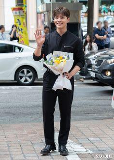 Asian Actors, Korean Actors, Hot Actors, Actors & Actresses, Yeon Woo Jin, Jin Goo, Yoo Seung Ho, Sad Movies, Korean Drama Movies