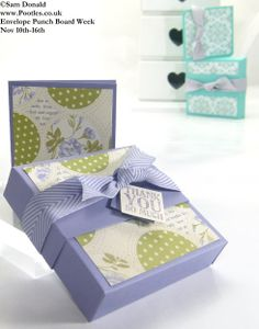 sam@pootlespapercraft.co.uk: Soap Box (Seifenschachtel) - Envelope Punch Board: Cardstock – 7 x 7″ (17.7 x 17.7cm) Belly Band – 1 3/8 x 10″ (25.5 x 3.3cm) Card blank – 6 x 3″ (15 x 7.5cm) DSP for box – 3 1/4 x 3 1/4″ (8 x 8cm) DSP for card – 2 3/4 x 2 3/4 (7 x 7cm)