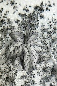 Chantilly ombrée Wedding Dress Sketches, Motif Floral, Painting Inspiration, Costume, Embroidery, Lace, Chicago, Fabrics, New York
