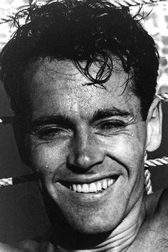 Henry Fonda photographed by John Swope for LIFE, 1948 ~ Named the greatest actor on The 50 Greatest Screen Legends by the American Film Institute Hollywood Men, Old Hollywood Stars, Golden Age Of Hollywood, Hollywood Glamour, Classic Hollywood, Vintage Hollywood, Henry Fonda, Jane Fonda, Foto Art