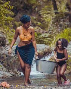 Mother, Daughter and Father Village photo by Lexonart Black Girl Art, Black Women Art, Black Girl Magic, Black Girls, African Beauty, African Women, African Fashion, Ankara Fashion, African Style