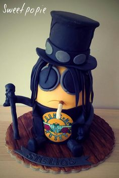 Minions rock guns and roses by Sweetpopie cakes
