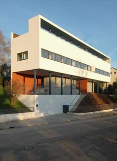 Charles #Eames was inspired when he visited this house and this site in Stuttgart in 1928.  He appreciated the effort to apply great architectural principles to designs for the 99%
