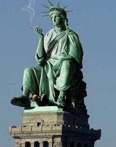Top 10 des détournements rigolos de la statue de la liberté