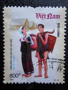 Stamps, covers and postcards of traditional/folk costumes: Stamps / Costumes - Vietnam / Vietnamas