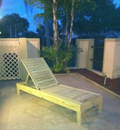 Free and Easy DIY Furniture Plans from The Design Confidential: Chesapeake Lounger