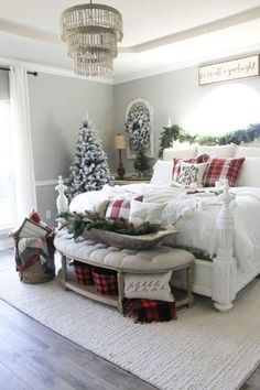 Loved by Lazy Girl Official Vintage Inspired Bedroom, Townhouse Designs, Noel Christmas, Christmas Decorations For Kids, Christmas Themes, Holiday Decor, Farmhouse Christmas Decor, Rustic Christmas, Winter Bedroom Decor