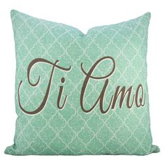 I just like the background print/colour of this pillow