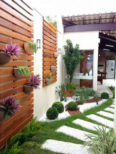 Side yard decor and design idea 25 litledress design in 2019 backyard lands Vertical Gardens, Backyard Landscaping, Landscaping Ideas, Corner Landscaping, Backyard Pools, Modern Backyard, Modern Landscaping, Outdoor Gardens, Indoor Garden