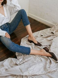 The Shoe For Every Minimalists Wardrobe