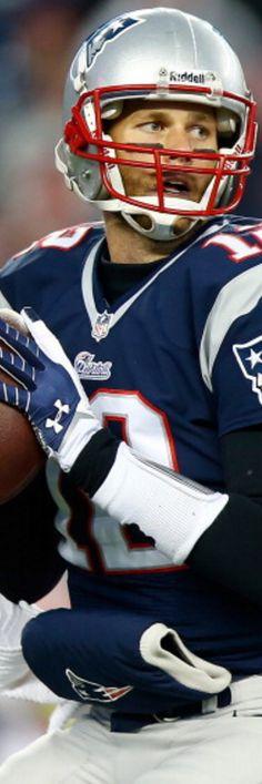Tom Brady. Top Patriots.Position  QB Throws  Right 6-4 ff6c89bdcae