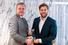 Petter Veland kåret til Årets Sportskommentator 2018 - Bodøposten. Single Breasted, Suit Jacket, Suits, Sport, Jackets, Fashion, Down Jackets, Moda, Deporte
