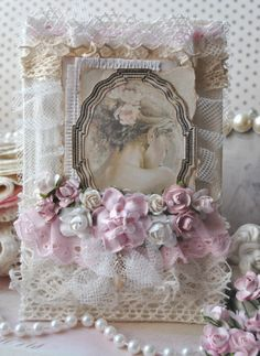 Vintage Cafe Card Challenge: Results of the flower parade