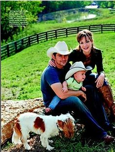 Brad Paisley cavalier king charles spaniel owner.  Our Lady Reagan's brother! Nice to see a photo of him all grown up!