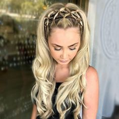 74 Trendy Hairstyles You Should Try - cool easy hairstyle ideas ,summer hairstyles #hairstyles #hairideas #hair #braids #braidhairstyle #BraidedHairstyles