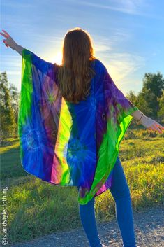 Gorgeous KIMONO hand made - tie-dyed. For women or teens. This is perfect to throw over bikinis at the beach, keep the sun off or as a casual cardigan. Many colours and styles to choose from.  #kimono #beachcardigan #bikinicoverup #swimsuitcoverup #beachwear #cruisewear #cruiseapparel #tie-dye #boho #festivalclothing #festivalcoverup #tiedye #coverup #beachcoverup