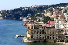 Palazzo Donn'Anna / Naples