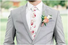 This is the Place Heritage Park Green and Pink Garden Wedding Wedding Men, Wedding Suits, Wedding Attire, Wedding Dress, Wedding Flower Arrangements, Flower Bouquet Wedding, Bridal Bouquets, Wedding Centerpieces, Floral Arrangements