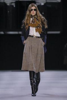 Celine Ready To Wear Fall Winter 2019 Paris Fashion Mode, Live Fashion, 70s Fashion, Paris Fashion, Runway Fashion, Fashion Looks, Fall Fashion Trends, Winter Fashion Outfits, Autumn Winter Fashion