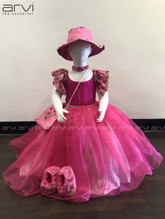 Baby Girl Frocks, Baby Girl Party Dresses, Birthday Girl Dress, Dresses Kids Girl, Kids Dress Wear, Kids Gown, Kids Wear, Long Frocks For Kids, Frocks For Girls