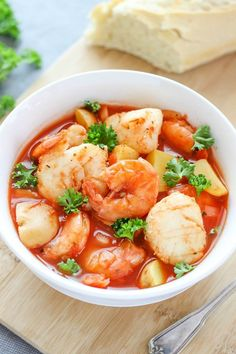 25. Seafood Stew #paleo #crockpot #recipes http://greatist.com/eat/paleo-crock-pot-recipes