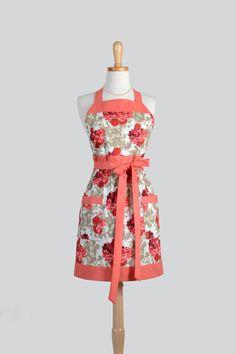 Etsy listing at https://www.etsy.com/listing/193598733/full-bib-womens-apron-vintage-aprons
