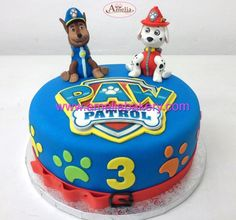 Tarta fondant patrulla canina paw patrol marshall y chase en 3d  Pasteles personalizados www.amelibakery.com