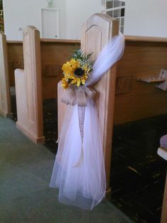Follow us signaturebride on twitter and on facebook signature sunflower pew bow perhaps without the flowers forget what i said about tulle but with lanvender instead of yellow junglespirit Choice Image