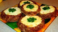 """Meat """"cheesecake"""" - a quick dinner Tart Recipes, Cookbook Recipes, Quick Recipes, Quick Easy Meals, Ukrainian Recipes, Russian Recipes, Breakfast Recipes, Dinner Recipes, Good Food"""