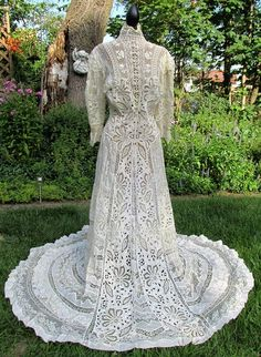 Early 1900's Dress Edwardian Costumes, Edwardian Clothing, Edwardian Dress, Edwardian Fashion, Historical Clothing, Vintage Clothing, Vintage Fashion, Vintage Gowns, Vintage Lace
