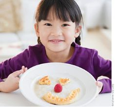 Allergy-Friendly Eating Games for Kids - Play therapy is an effective way to help children heal from trauma. So why not use food-play therapy to help kids with allergies and sensitivities heal from negative experiences with food? Rashes, stomachaches, intrusive medical procedures and anaphylaxis can wreak havoc on a child's emotional well-being and quickly add up to a fear of food—a recipe for disaster.
