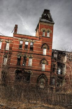 Hudson River State Hospital - A Former NY State psychiatric hospital that operated from 1873 until 2003. It's well-known for its high Victorian Gothic architecture, being the first American institutional building to exhibit the styling. There are many buildings on the grounds, including a Rec center, an examination building, housing for the criminally insane, Churches, a power house, a morgue, a main building & of course patient housing/rooming. The land is currently owned, but for sale.