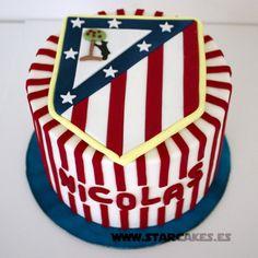 Tarta Atlético de MadridSíguenos Facebook: https://www.facebook.com/starcakes.es Instagram: http://instagram.com/starcakesmadrid